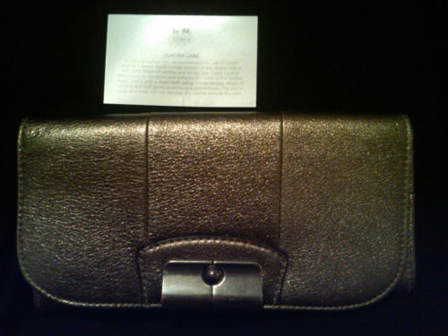 COACH KRISTIN EMBOSSED LEATHER BLACK WALLET 43650