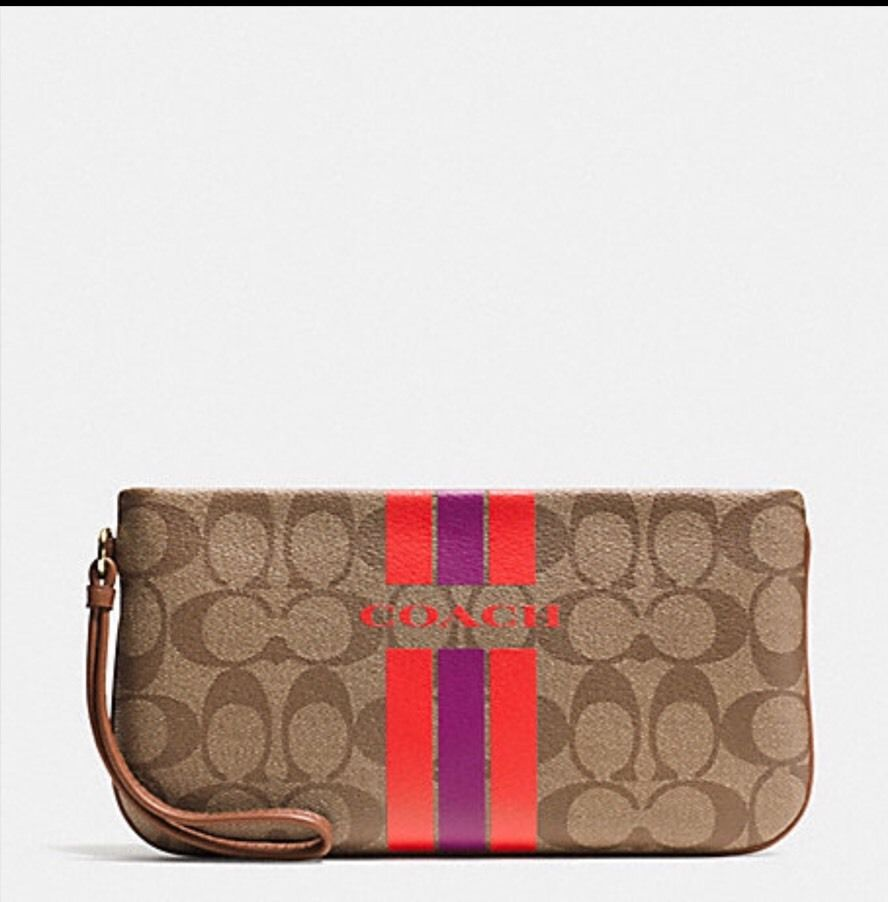 กระเป๋าคล้องมือ COACH  VARSITY STRIPE LARGE WRISTLET IN SIGNATURE KHAKI WATERMELON F66463