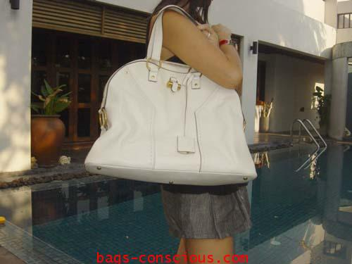 Ysl\\\u0026quot;Muse\\\u0026quot;/large size in white calf skin/gold hardware #2160357