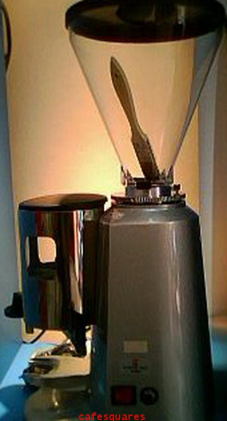Coffee Mill LTD 900N