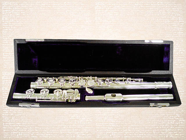 FLUTE 17 open keys WITH E MECHANISM - SILVER PLATED ยี่ห้อ ZEFF รุ่น  ZFL-500SB