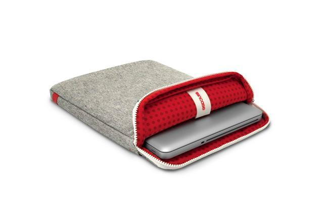 INCASE TERRA COLLECTION PROTECTIVE SLEEVE for macbook air 11