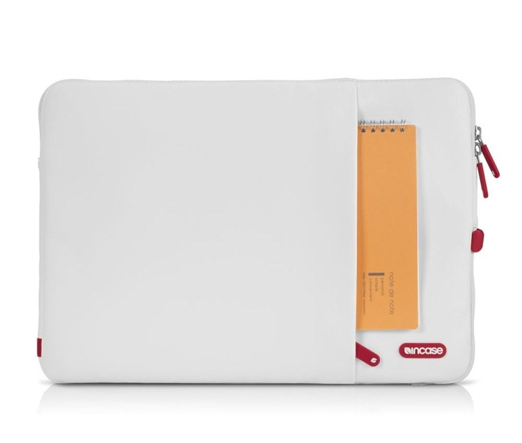 Incase Protective Sleeve Deluxe for MacBook 15