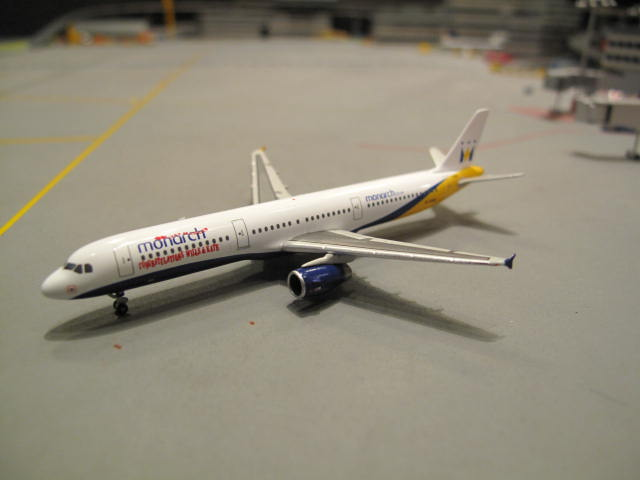 HERPA WINGS 1:500 MONARCH AIRLINES A321 G-OZBU \'WILLS  KATE\' HW523219