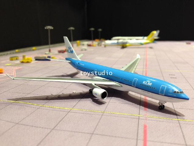 HERPA WINGS 1:500 KLM A330-200 PH-AOM HW530552