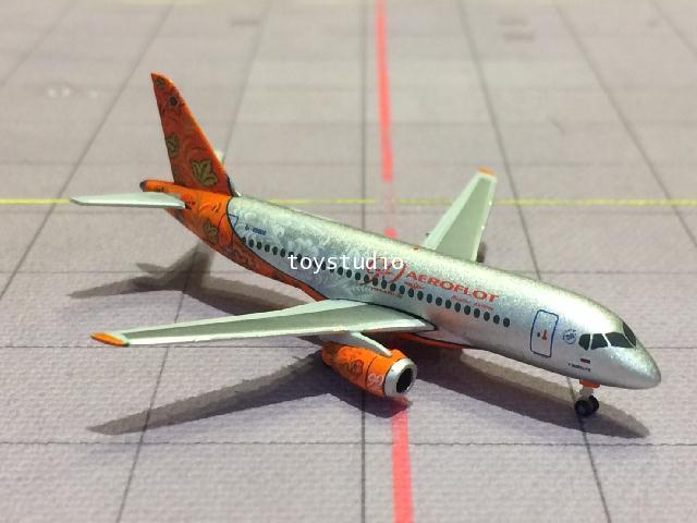 HERPA WINGS 1:500 Aeroflot SSJ-100 90th RA-89009 HW531160