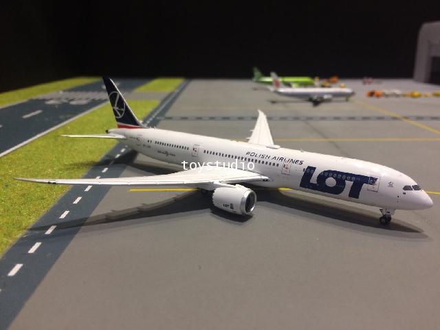 PHOENIX 1:400 LOT 787-9 SP-LSB PH1481