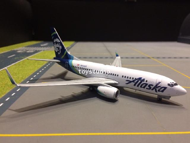 GEMINI JETS 1:200 Alaska 737-700W N614AS nc G2778