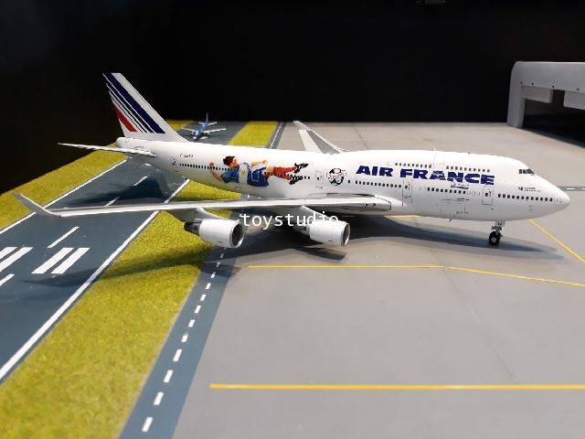 JCWINGS 1:200 Air France 747-400 World Cup 98 F-GEXA XX2193