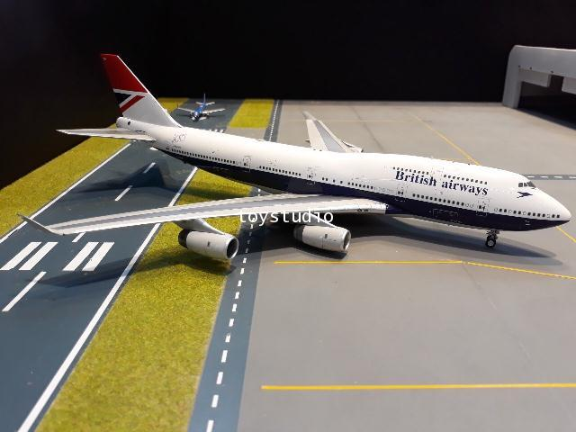 INFLIGHT 1:200 British 747-400 G-CIVB 100 Year 100747BANEGUS