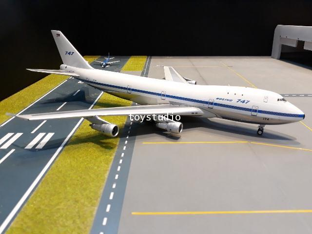 INFLIGHT 1:200 Boeing 747-121 N731PA IF741BOE0519