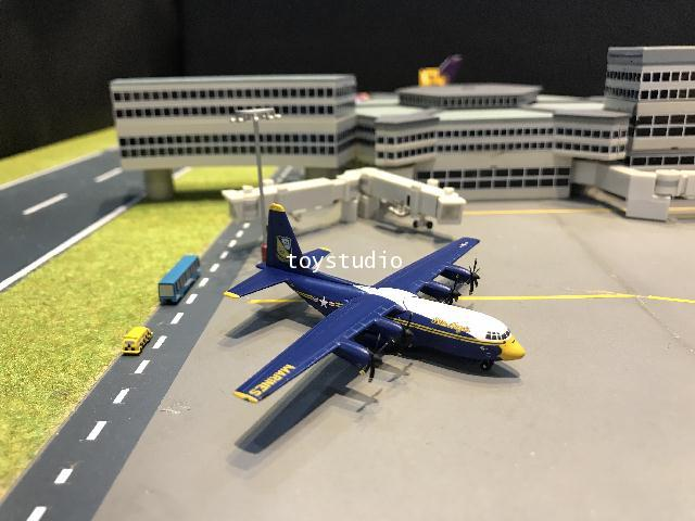 Gemini Jets 1:400 US Marines Blue Angels C-130J 170000 GM103