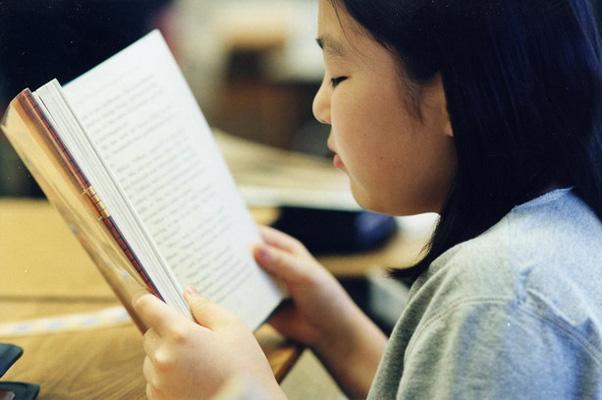 เคล็ดลับอ่านหนังสืออย่างถนอมสายตา