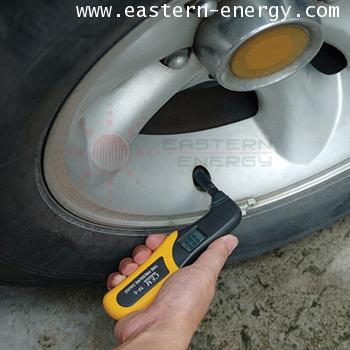 CEM TP-5: Digital Tire Pressure Gauge