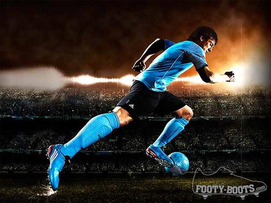 มาดูการทำรองเท้า F50i ของ Lionel Messi