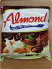 ยูไนเต็ดอัลมอนต์ เคลือบไวท์  ดาร์ด ช็อกโกแลต(275g)