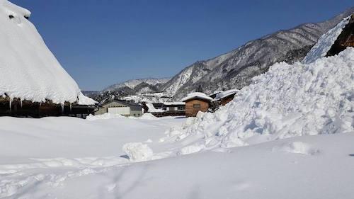 ไปเที่ยวมาค่ะ หมู่บ้านชิราคาวาโกะ