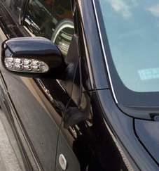 ติดตั้งครอบกระจกข้างมีไฟ LED สำหรับรถ Toyota ด้วยตัวเอง