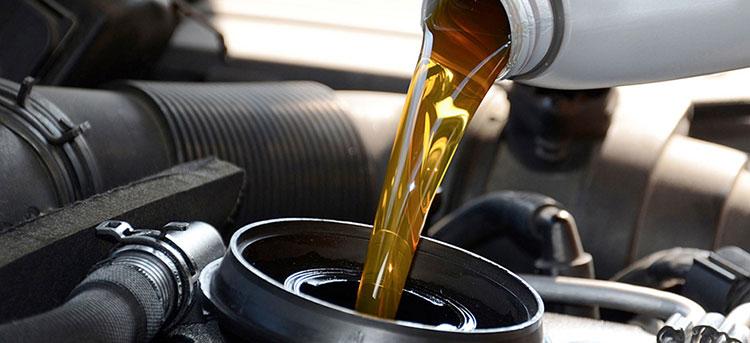 เลือกน้ำมันเครื่องที่มีค่าความหนืดเหมาะสมสำหรับเครื่องยนต์ของคุณ
