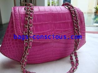 crocodile leather shoulder bag with double chain in pink