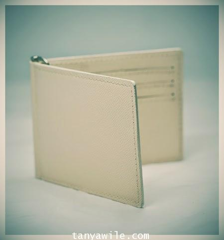 money clip and card holder in beige saffiano leather