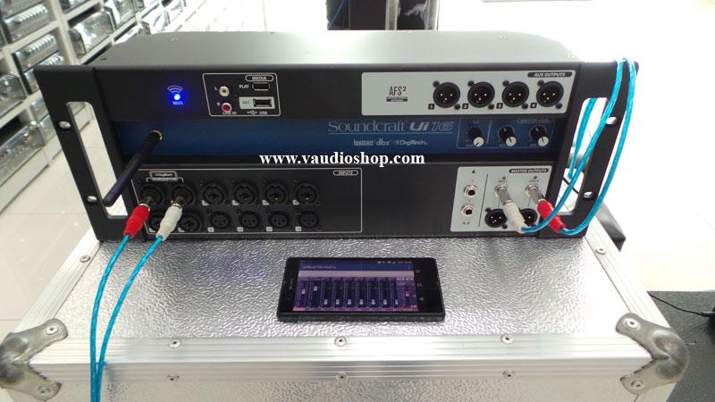soundcraft ui16 16 input tablet controlled digital mixer 6711676. Black Bedroom Furniture Sets. Home Design Ideas