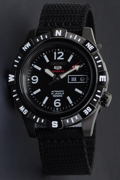 SEIKO 5 Sport Automatic Millitary SRP147K1